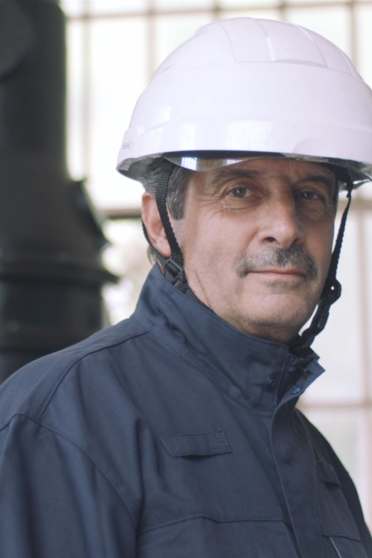 photo d'un technicien électrique